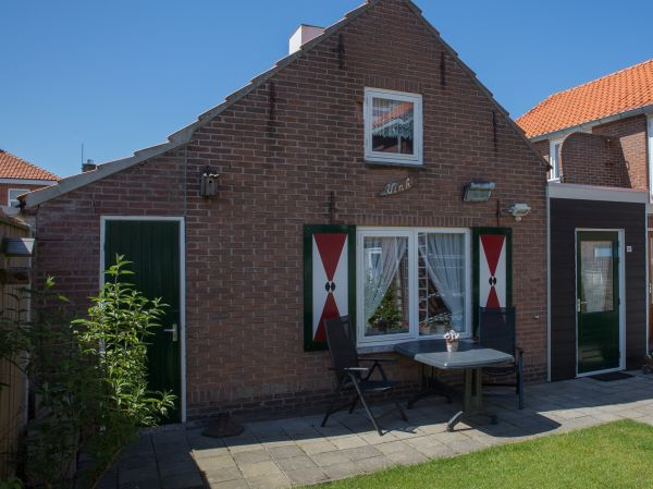 Foto 1: Vakantiehuis Noordstraat 24 Zoutelande Zeeland