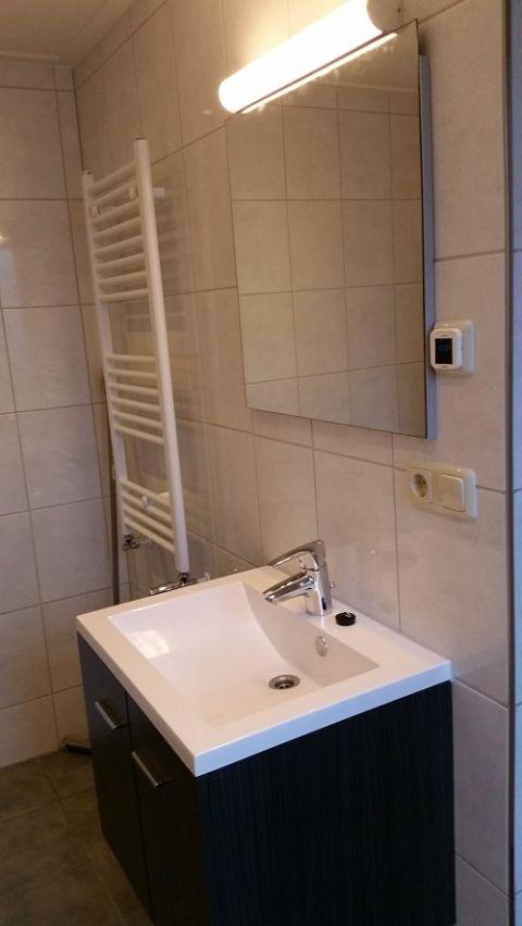 Fotoalbum vakantiehuis inlaag 24 wolphaartsdijk oud sabbinge zeeland - Kaart badkamer toilet ...