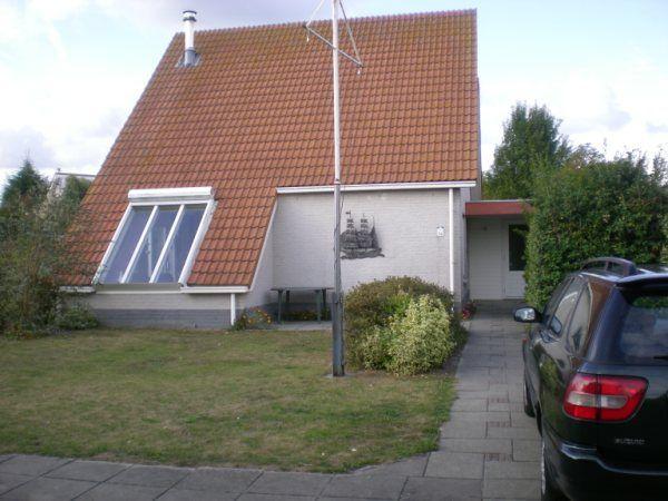 Foto 2: Vakantiehuis Noordzeelaan 94 Scharendijke Zeeland